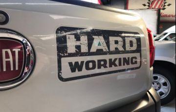 Fiat Strada 1.4 MPi Hard Working CS 8v - Foto #10