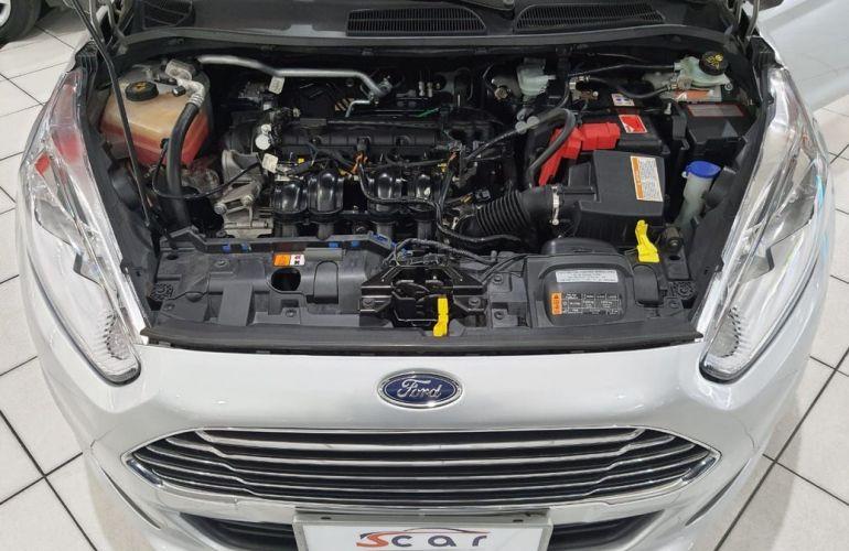 Ford Fiesta 1.6 Titanium Hatch 16v - Foto #9