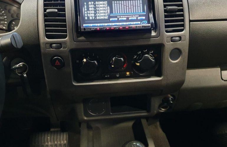 Nissan Frontier 2.5 SE Strike 4x2 CD Turbo Eletronic - Foto #10