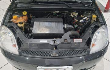 Ford Fiesta 1.6 MPi Hatch 8v - Foto #10