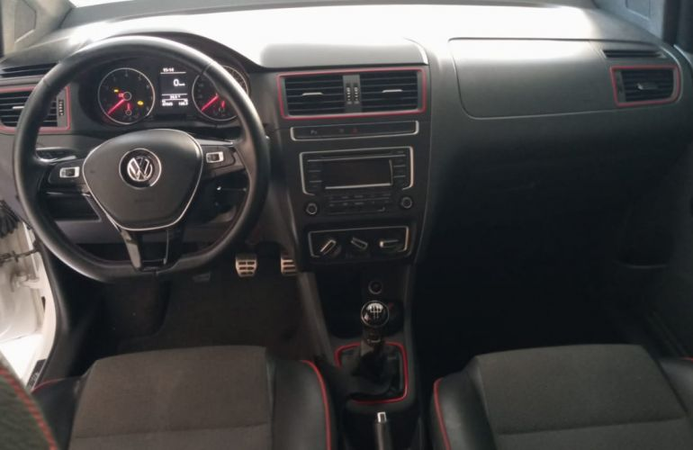 Volkswagen Fox 1.6 MSI Rock in Rio (Flex) - Foto #1