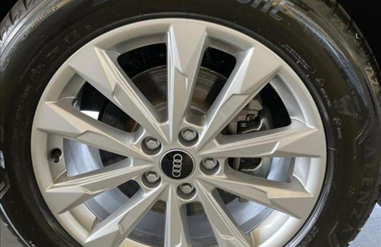 Audi Q3 1.4 Prestige Plus S-Tronic - Foto #4