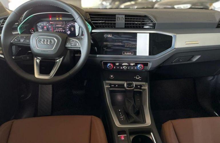 Audi Q3 1.4 Prestige Plus S-Tronic - Foto #5