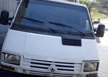 Renault Trafic Furgao 2.2 (ch. curto)