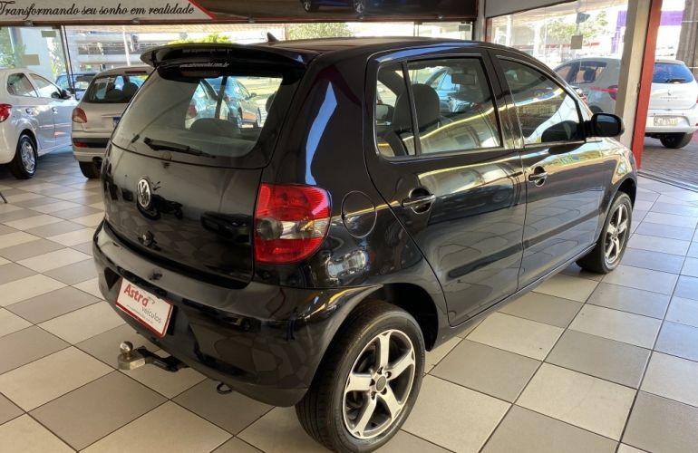 Volkswagen Fox Black 1.0 8V (Flex) 4p - Foto #7