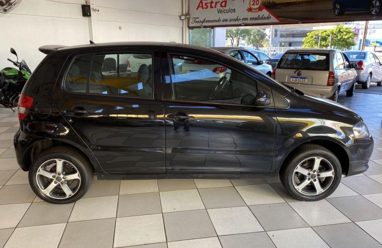 Volkswagen Fox Black 1.0 8V (Flex) 4p - Foto #8