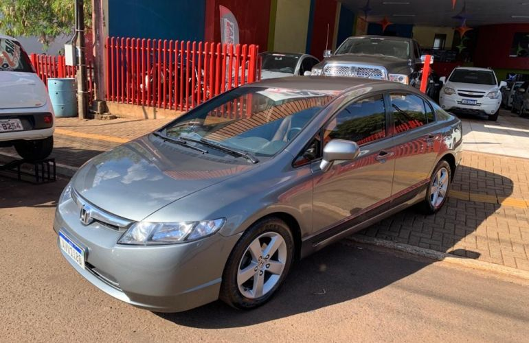 Honda Civic Sedan LXS 1.8 - Foto #1