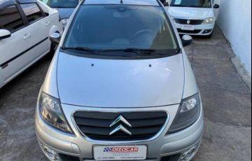 Citroën C3 1.4 I Exclusive 8v - Foto #2