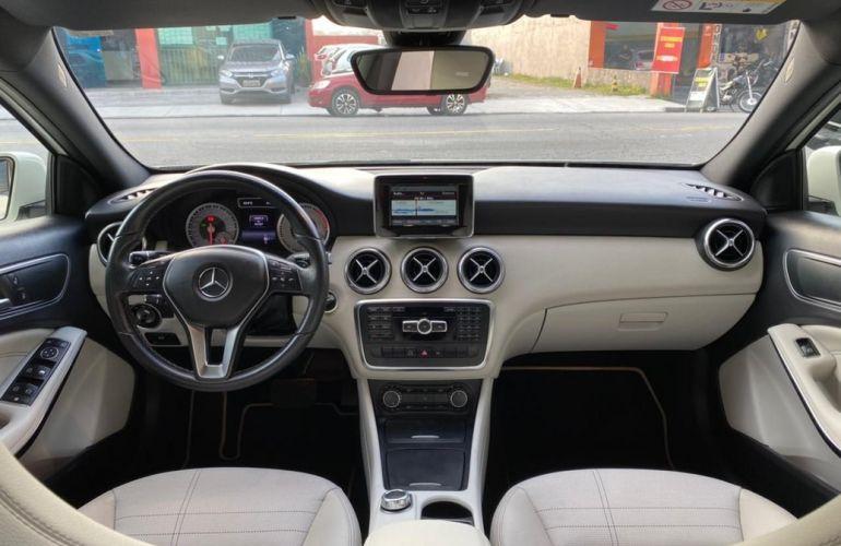 Mercedes-Benz A 200 1.6 Turbo Urban 16v - Foto #9
