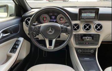 Mercedes-Benz A 200 1.6 Turbo Urban 16v - Foto #10