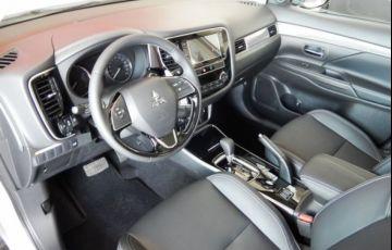Mitsubishi Outlander HPE 2.0 CVT - Foto #6