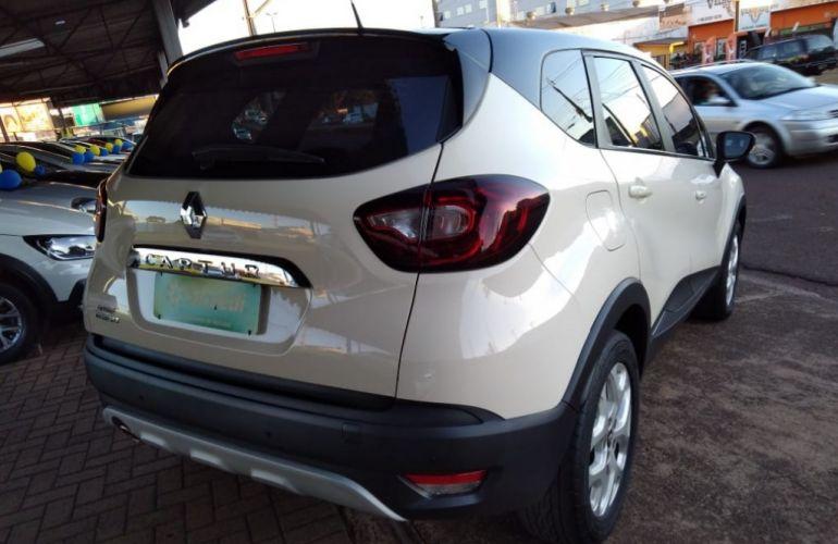 Renault Captur 1.6 Zen - Foto #4