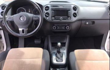 Volkswagen Tiguan 2.0 TSI 4WD - Foto #5