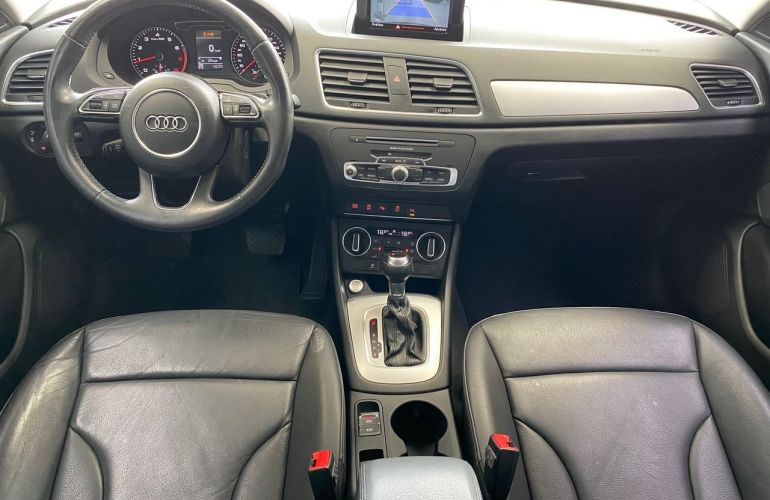 Audi Q3 Ambiente 1.4 Turbo FSI - Foto #5