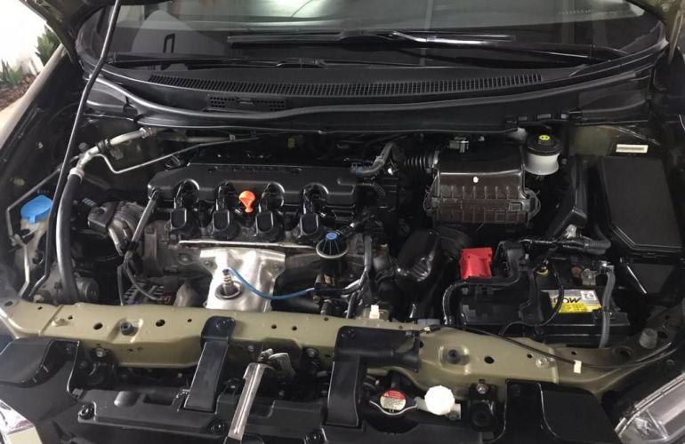 Honda Civic 2.0 LXR 16v - Foto #8