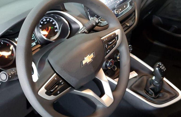 Chevrolet Onix 1.0 LT - Foto #4
