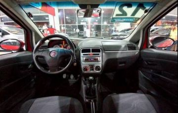 Fiat Punto 1.4 Attractive 8v - Foto #7
