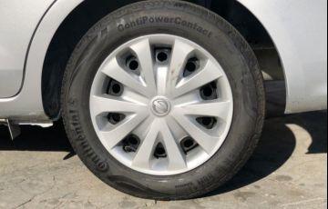Nissan Versa 1.0 12v - Foto #8