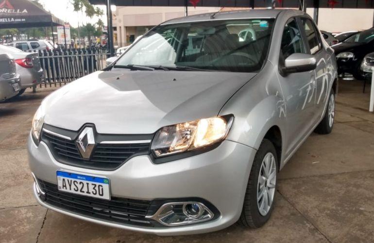 Renault Logan Expression 1.6 8V Hi-Torque (flex) - Foto #7