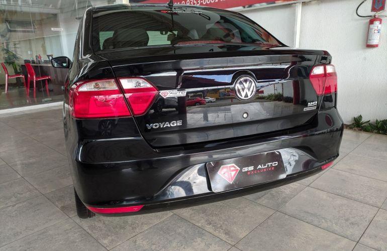 Volkswagen Voyage 1.6 Msi Total Comfortline - Foto #5