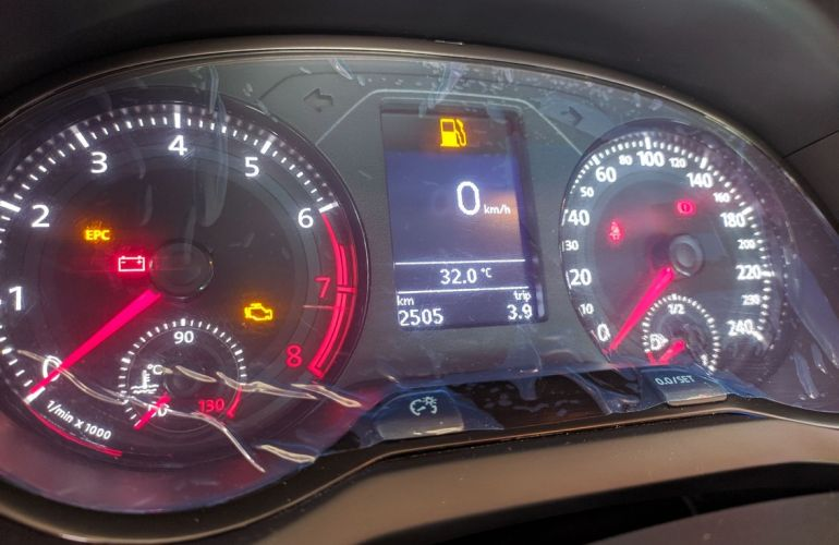 Volkswagen Voyage 1.6 Msi Total Comfortline - Foto #9