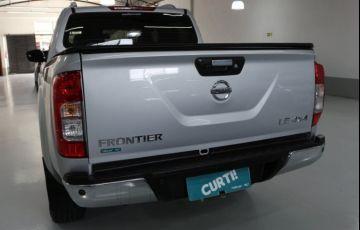 Nissan Frontier LE 4X4 2.3 Bi Turbo 190 cv - Foto #4