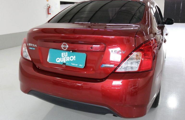 Nissan Versa SV 1.6 16V Flex - Foto #5