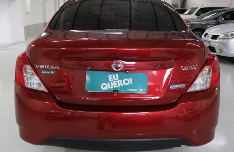Nissan Versa SV 1.6 16V Flex - Foto #6