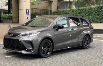 Toyota Sienna 2.5 Hybrid Xse