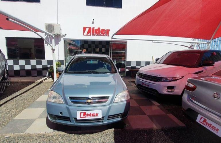 Chevrolet Astra 2.0 MPFi CD Sedan 8v - Foto #1