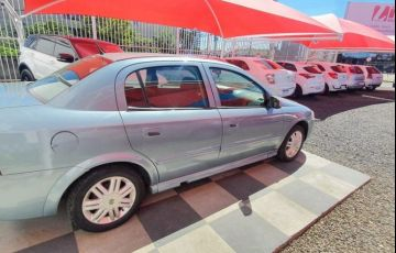 Chevrolet Astra 2.0 MPFi CD Sedan 8v - Foto #2