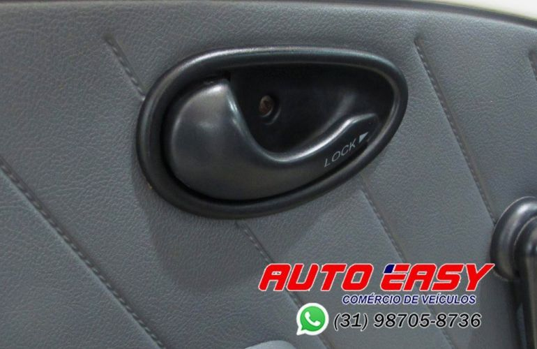 Fiat Strada 1.5 MPi CS 8v - Foto #8