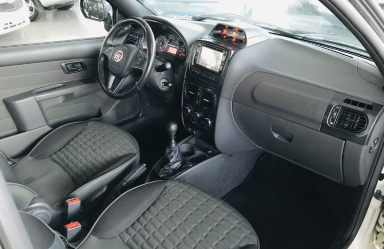 Fiat Strada Adventure Locker 1.8 16V (Cabine Estendida) - Foto #8