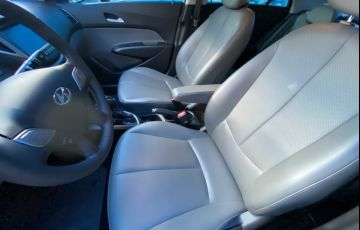 Toyota Hilux 2.8 TDI SRV CD 4x4 (Aut) - Foto #2