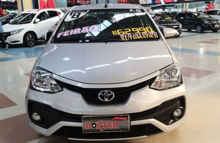 Toyota Etios 1.5 Xls Sedan 16v - Foto #4