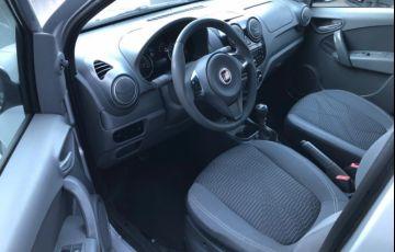 Fiat Palio Attractive 1.0 8V (Flex) - Foto #10
