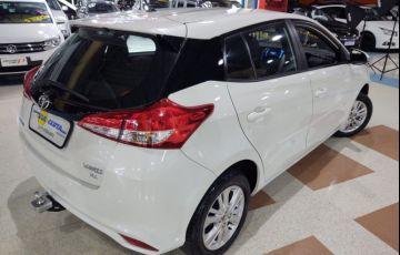 Toyota Yaris 1.3 16V Xl Multidrive - Foto #3