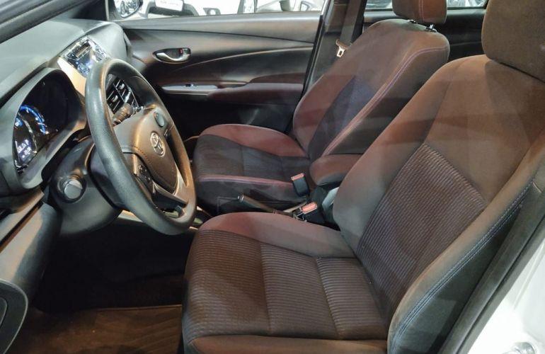 Toyota Yaris 1.3 16V Xl Multidrive - Foto #8