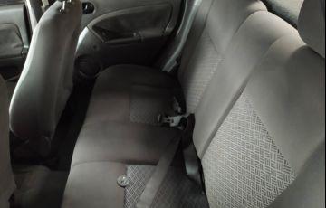 Ford Fiesta Sedan Trend 1.6 (Flex) - Foto #5