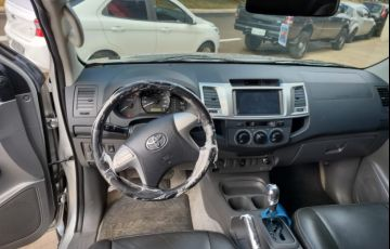 Toyota Hilux 2.7 Srv 4x4 CD 16v - Foto #2
