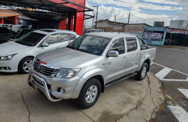 Toyota Hilux 2.7 Srv 4x4 CD 16v - Foto #4