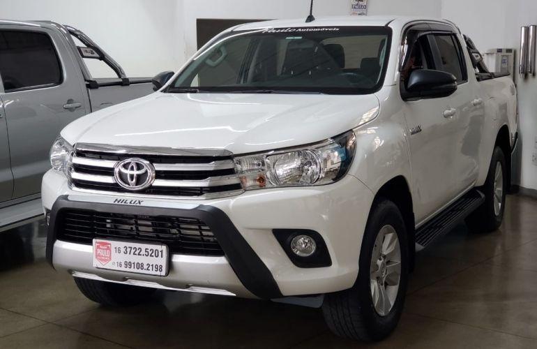 Toyota Hilux 2.8 Sr 4x4 CD 16v - Foto #1