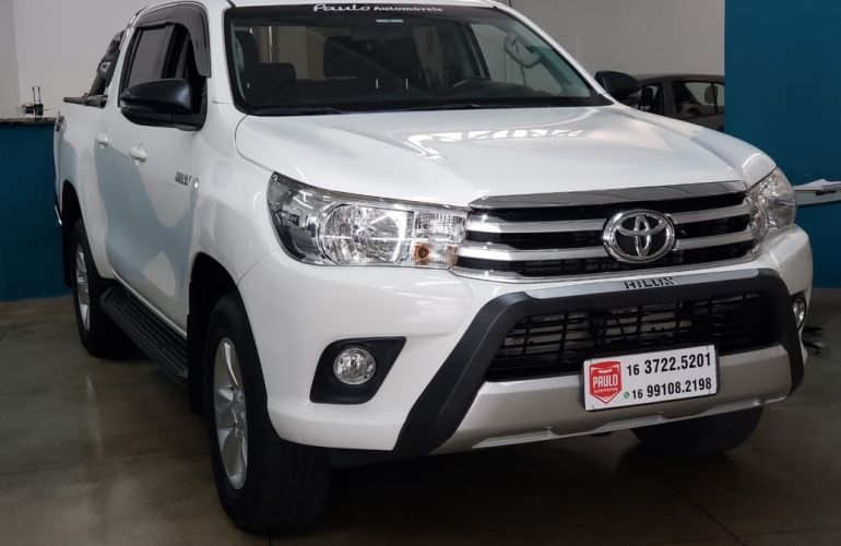 Toyota Hilux 2.8 Sr 4x4 CD 16v - Foto #2