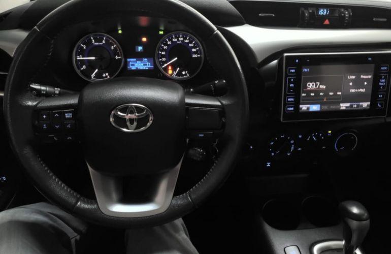 Toyota Hilux 2.8 Sr 4x4 CD 16v - Foto #5