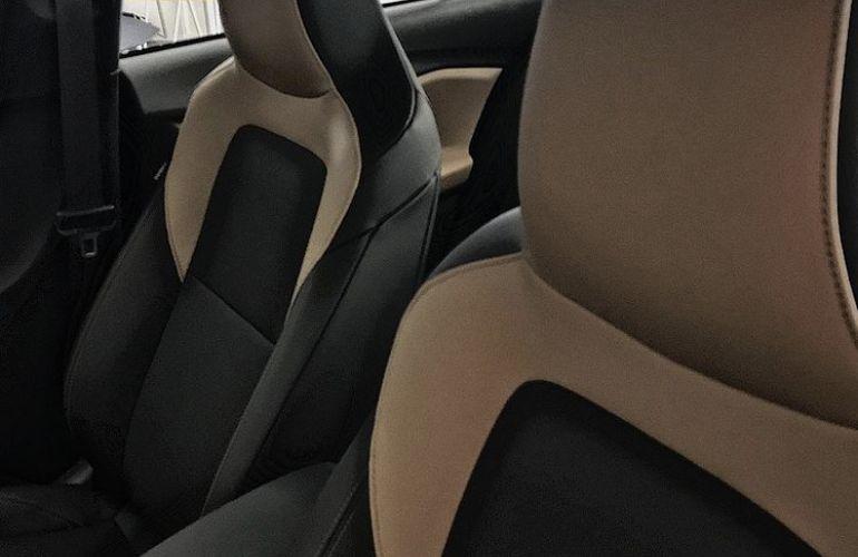 Chevrolet Onix 1.0 Turbo Premier (Aut) - Foto #3