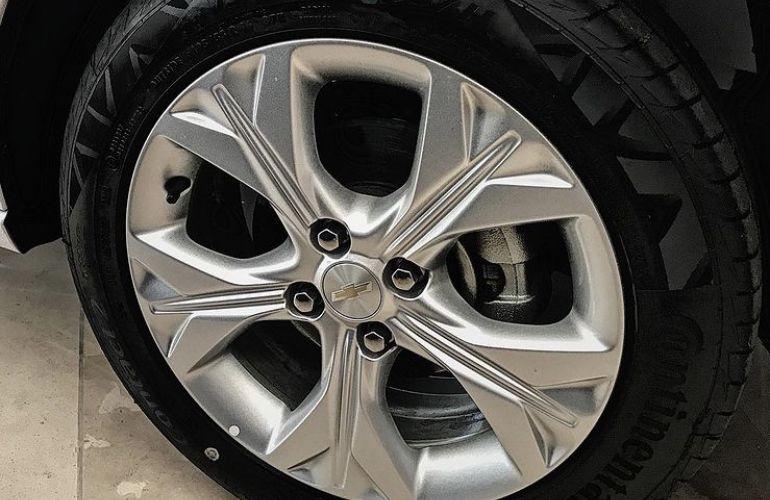 Chevrolet Onix 1.0 Turbo Premier (Aut) - Foto #4