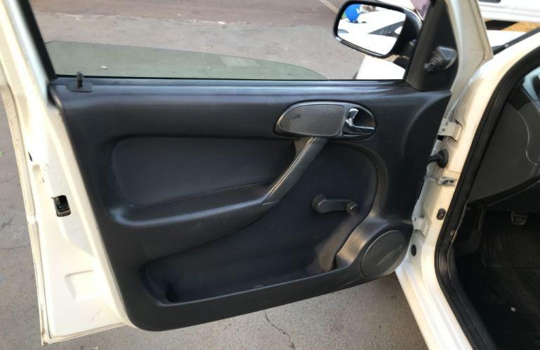 Volkswagen Parati 1.6 (�lcool) - Foto #8