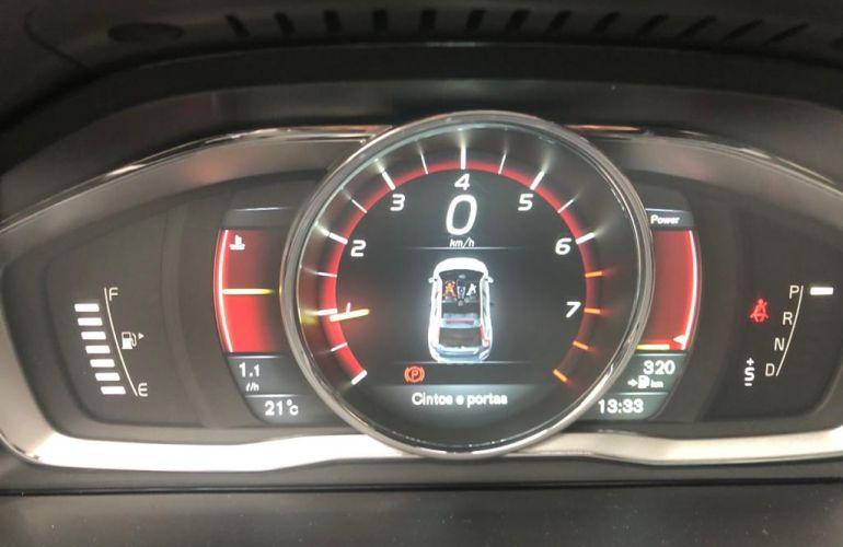 Volvo XC60 2.0 T5 Drive-E R-Design - Foto #8