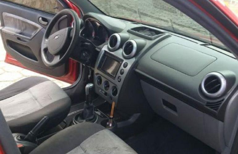 Ford Fiesta Hatch 1.6 (Flex) - Foto #5