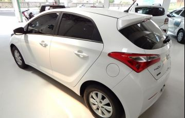 Hyundai HB20 Comfort Style 1.6 Gamma Flex 16V - Foto #2